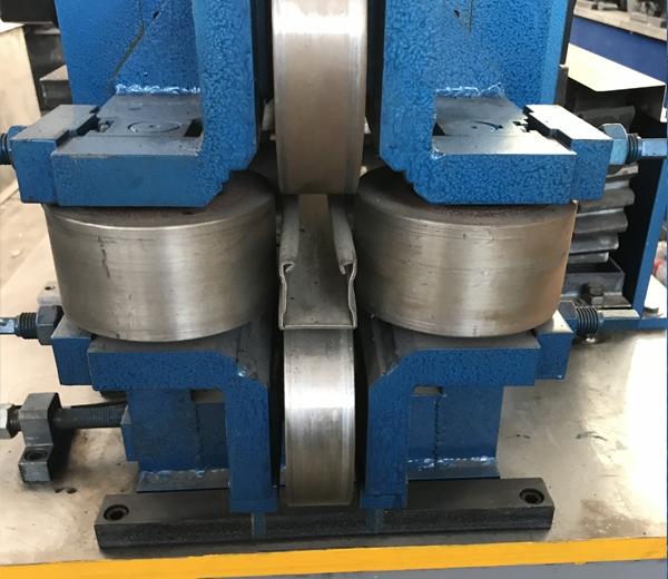 抗震支架生产设备