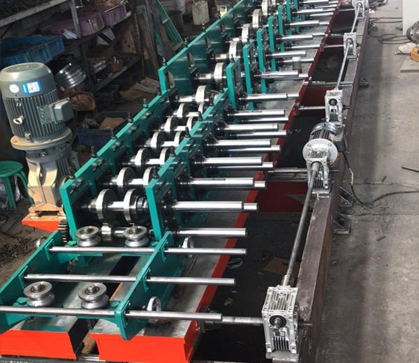 霸州电缆桥架成型机